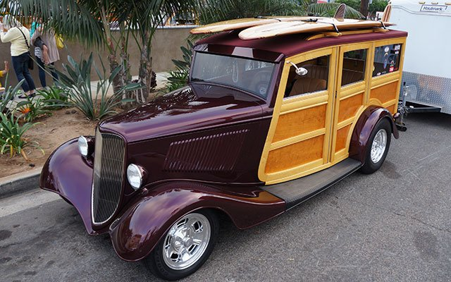 1933 Ford Woodie street rod
