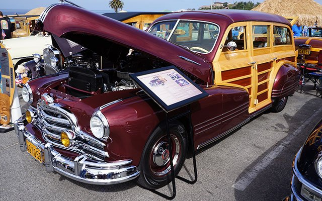 1947 Pontiac Streamliner Woodie Wagon