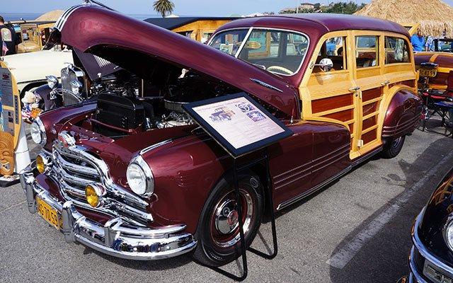 1947 Pontiac Streamliner Woodie Wagon