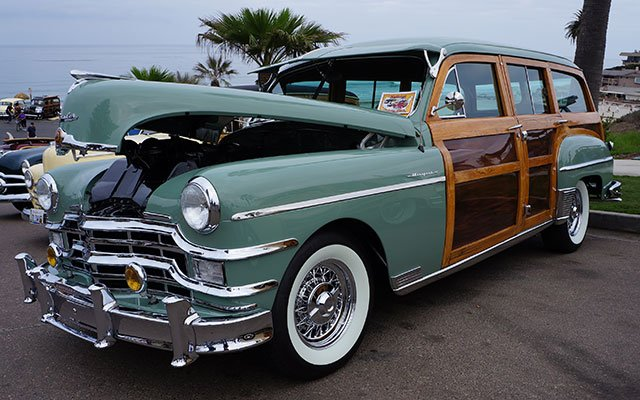 1949 Chrysler Royal Woodie Wagon
