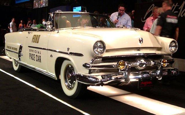 1953 Ford Crestline Sunliner Pace Car