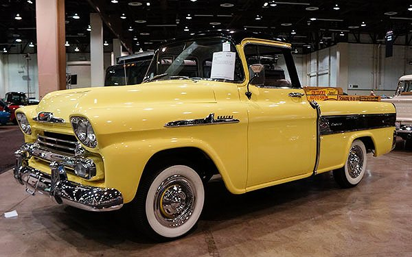 We spotted this 1958 Chevy Cameo Carrier Pickup truck in the list of cars to be auctioned off on Saturday. It was Lot # 668, midway through the sale. It sold for $38,500 with buyer's commission.