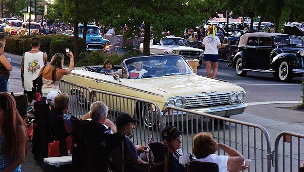 People of all ages enjoy the crusing in downtown Sparks, Nevada during Hot August Nights. You have to get here early to get prime spots. Most people come to picnic and socialize prior to the cruising.