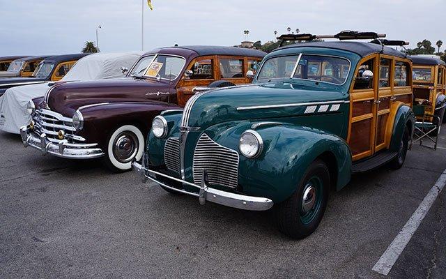 Pontiac Woodies on display