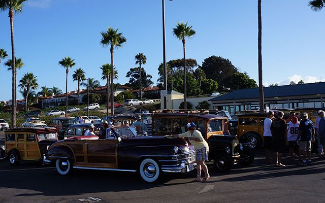 Sunday Morning Cruise at the Wavecrest Woodie Show