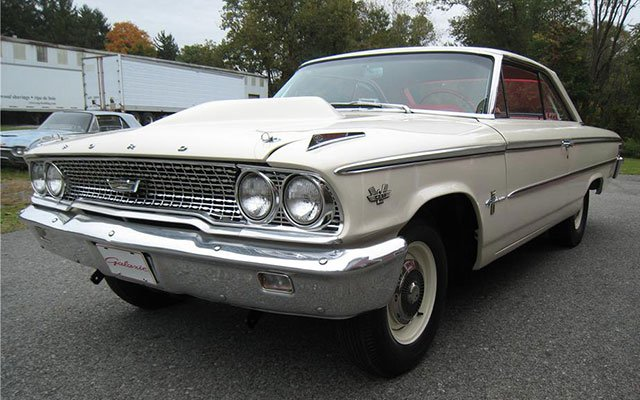 1963 Ford Galaxie 500 Thunderbolt