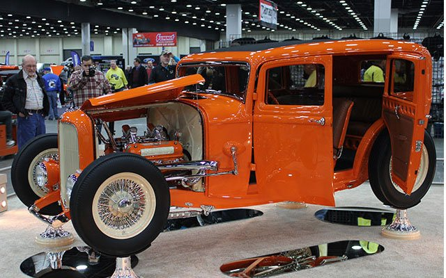 1932 ford 4 door sedan classicar news for Newspaper wallpaper for sale