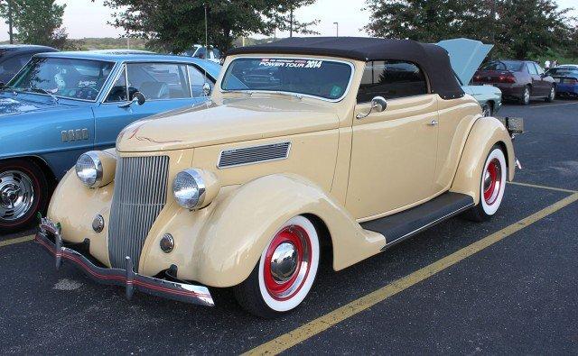 1936 Ford Cabriolet street rod