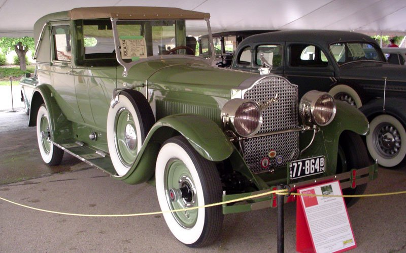 Packard on Buick Straight 8 Engine