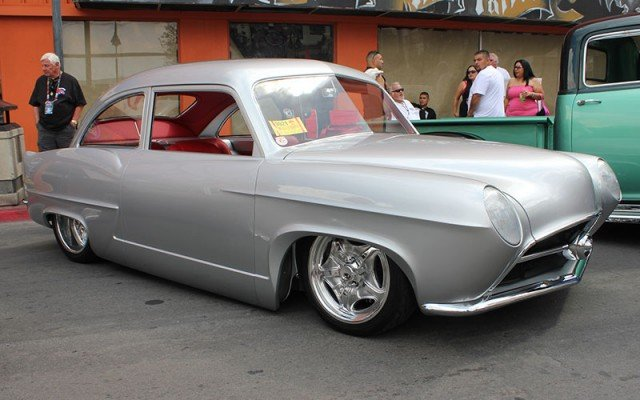1951 Kaiser Henry J for Barrett-Jackson Cup at 2014 Hot August Nights