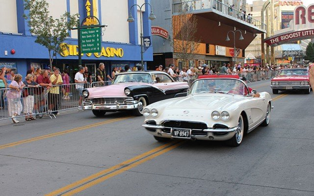 Crusing at Hot August Nights
