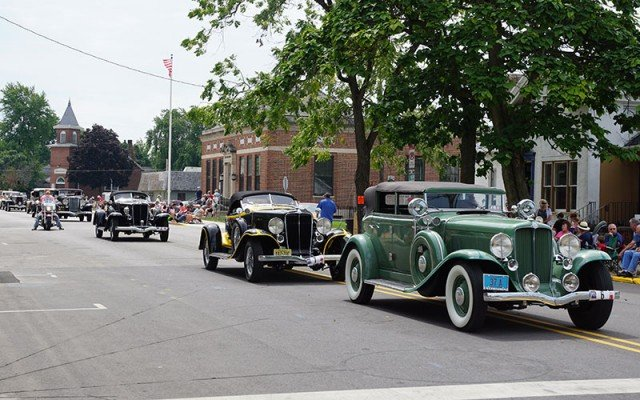 Hundreds of vintage Auburns were on hand for the Auburn Cord Duesenberg Parade