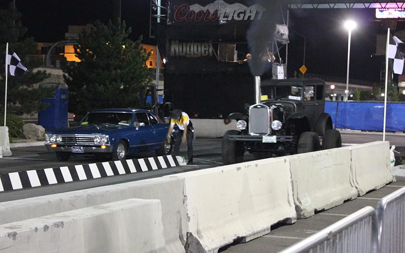 Impala vs 31 Fodge 4X4 Drag Racing at 2014 Hot August Nights