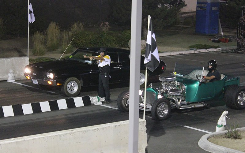 T-Bucket vs a Chevelle drag racing at 2014 Hot August Nights