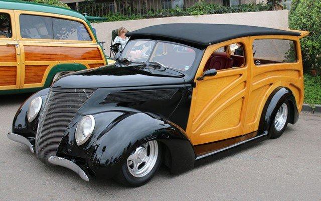 1937 Ford Woodie Wagon street rod custom