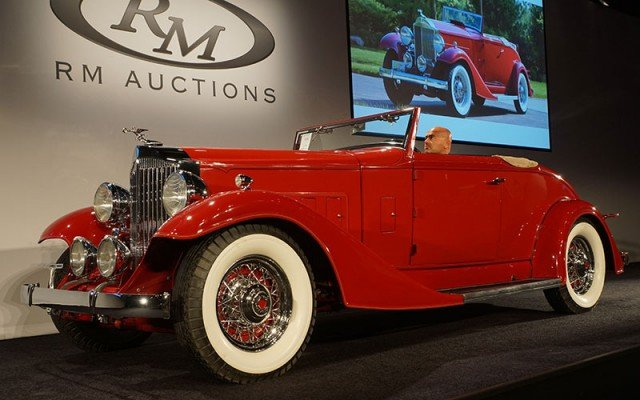 1933 Pachard 8 Coupe Roadster