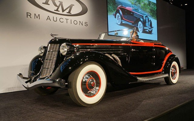 1935 Auburn Supercharged 8 Cabriolet