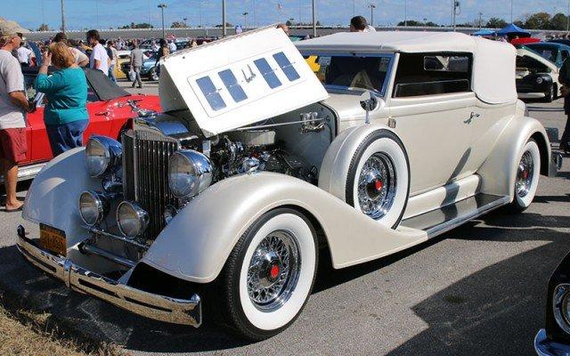 1934 Packard Convertible in the Daytona Turkey Run Car Show area