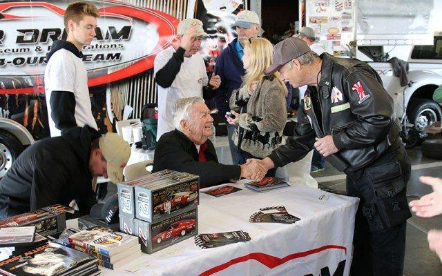 6-allison-signing-autographs