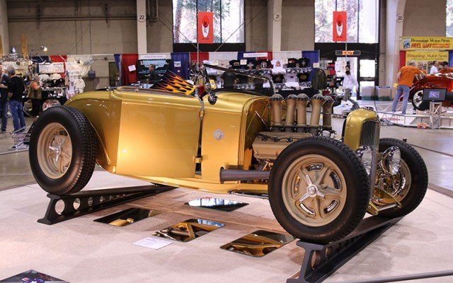 1932 Ford Roadster contender for America's Most Beautiful Roadster trophy