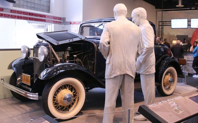 Henry-Ford-32-Ford