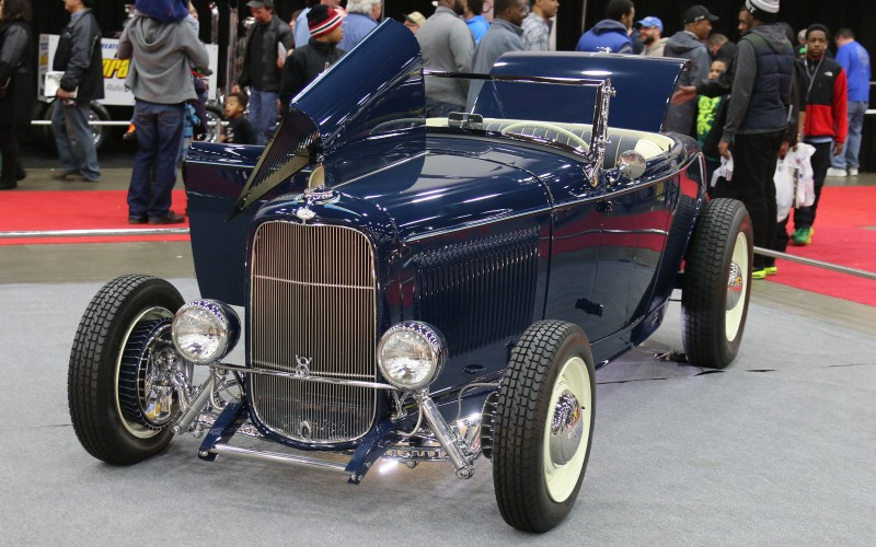 1932-ford-roadster-01