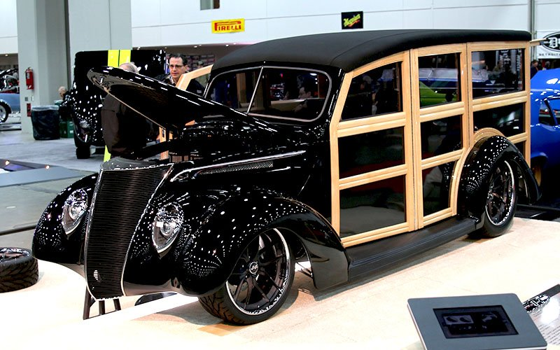 1937 Ford Woodie Wagon Makes The Great 8