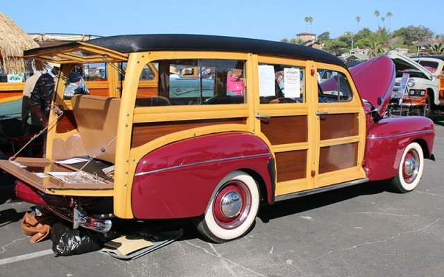 1942 Ford Super Deluxe Woodie Wagon made before WWII shutdown