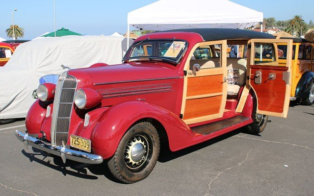 1936 Dodge D2 Woodie Wagon