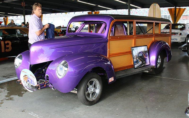 1940 Ford Wheel Stander