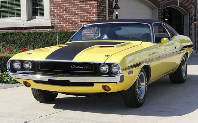 1970 Dodge Challenger RT from Vanguard Motors