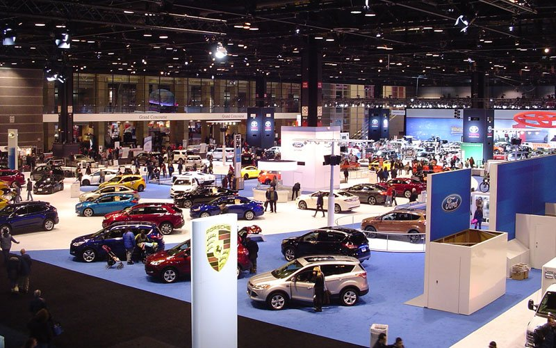 chicago-auto-show-2016-floor2