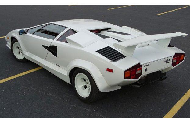 1988lambo-gateway-rear-800
