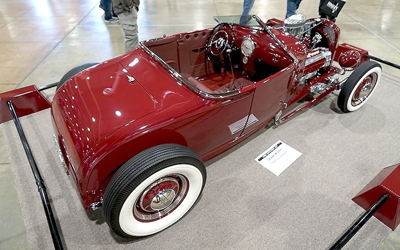 1928 Lincoln Roadster vies for AMBR trophy at 2017 Grand National Roadster Show