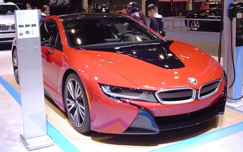 2017 BMW i8 01