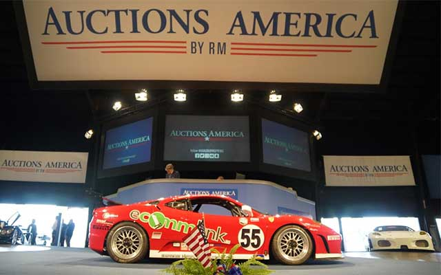 Level 5 Motorsportrs sale at 2017 Auburn Spring Auction