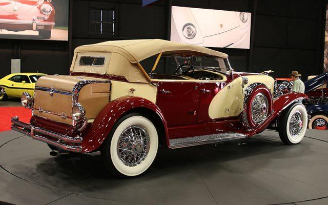 1933 Dusenberg SJ Phaeton by LaGrande sells at Fall Auburn Auction 2017