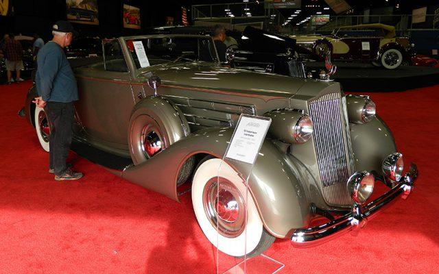 Packard sells at Fall Auburn Auction 2017
