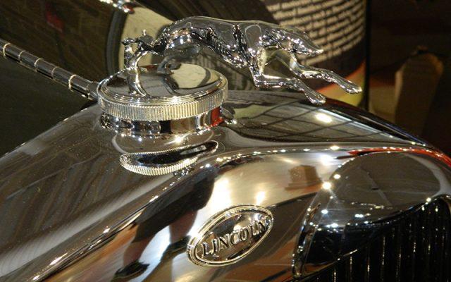 1929 Lincoln Model L Brunn Brougham Town Car Hood Ornament