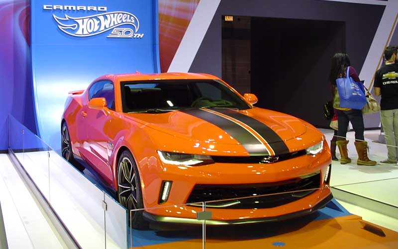 2018-Chevy-Camaro-Hot-Wheels-50th-Anniversary