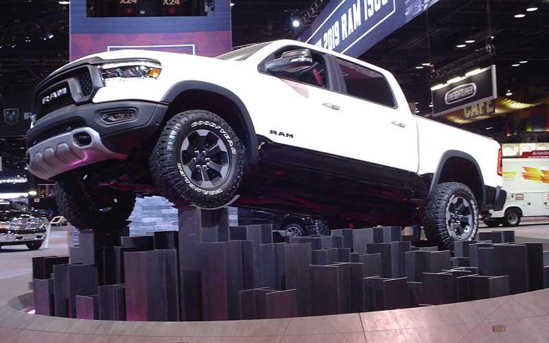 dodge-ram-truck-chicago-auto-show