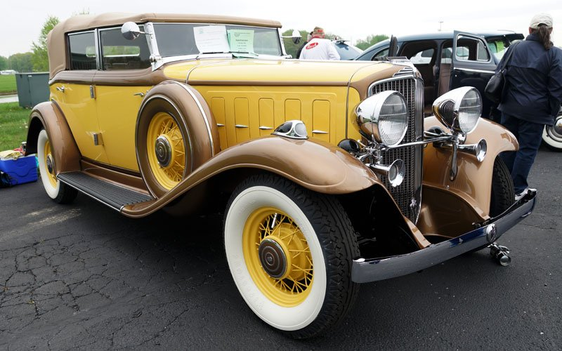 Auburn Spring Auction 2018 sees 1932 Nash Convertible Sedan at AACA display