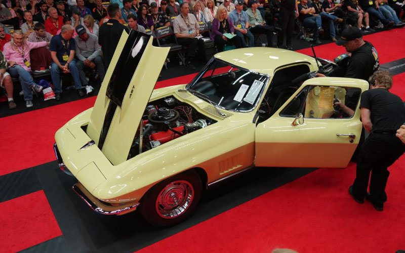 1967 Corvette L88 at Dana Mecum's Spring Auction