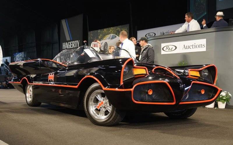 1966 Batmobile #5 sold at Auburn Spring Auction 2018