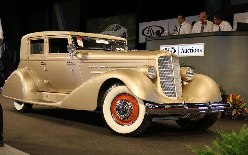 1929 Duesenberg Model J sold at the Fall Auburn Auction