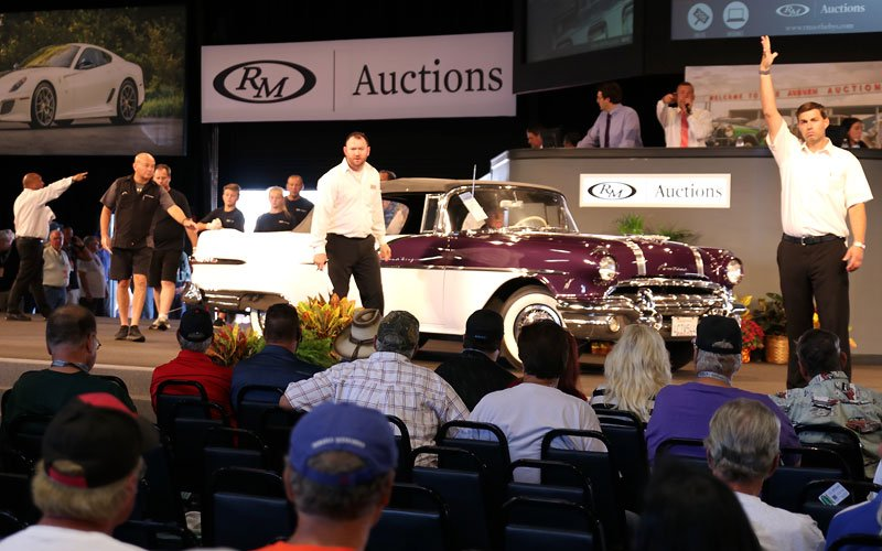 1956 Pontiac Star Chief Convertible at Fall Auburn Auction
