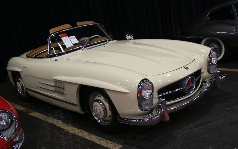 1957 Mercedes-Benz 300SL Roadster at the Fall Auburn Auction