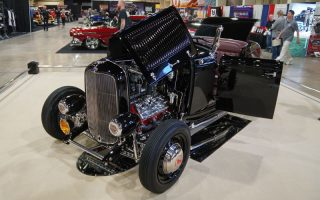 1932 Ford Vintage Spirit competes for America's Most Beautiful Roadster trophy