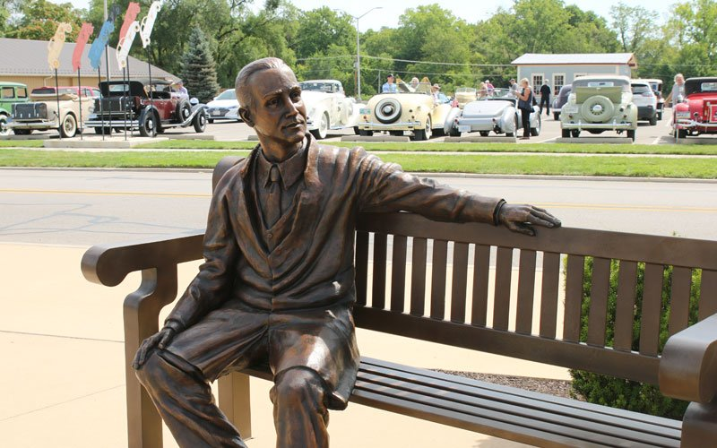 Statue of Gordon Buehrig at Auburn-Cord-Duesenberg Festival 2019